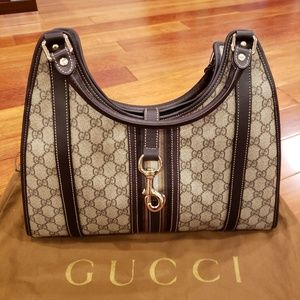 Authentic Gucci hangbag